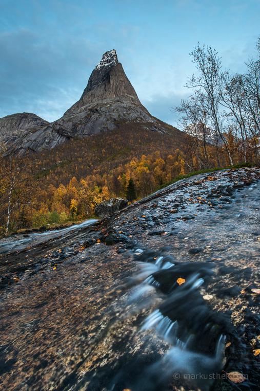 Der Nationalberg Norwegens: Stetind. Ein begehrtes Ziel bei Landschaftsfotografen.