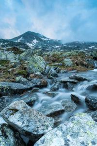 Custura Bucurei in den rumänischen Karpaten. Das Gebirge im Zentrum des Landes wäre ein Besuch mehrerer Wochen wert, um Landschaften zu fotografieren.