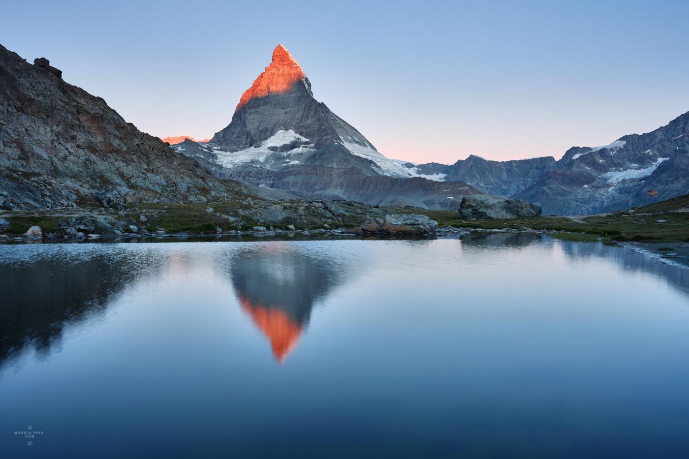 Das Matterhorn bei Sonnenaufgang bei einem Fotoworkshop.