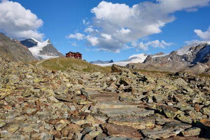 Bei dieser Berghütte übernachten wir während unserem Fotokurs.